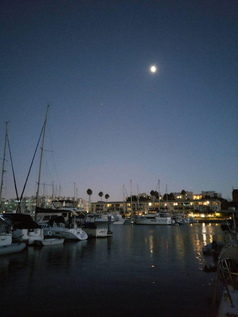 Santa Monica Bayn purjehdus, Shining Journey -matkablogi