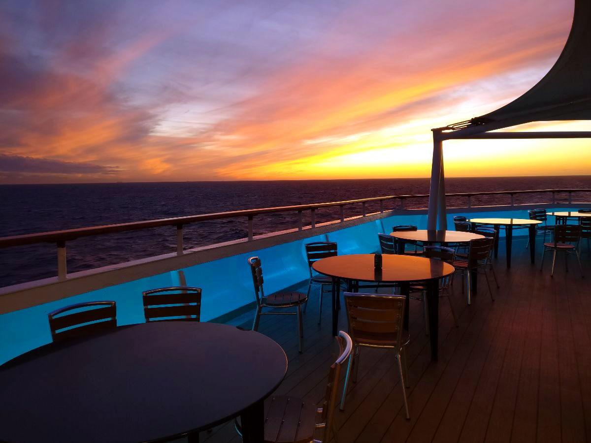 Välimeren risteily, auringonlasku
