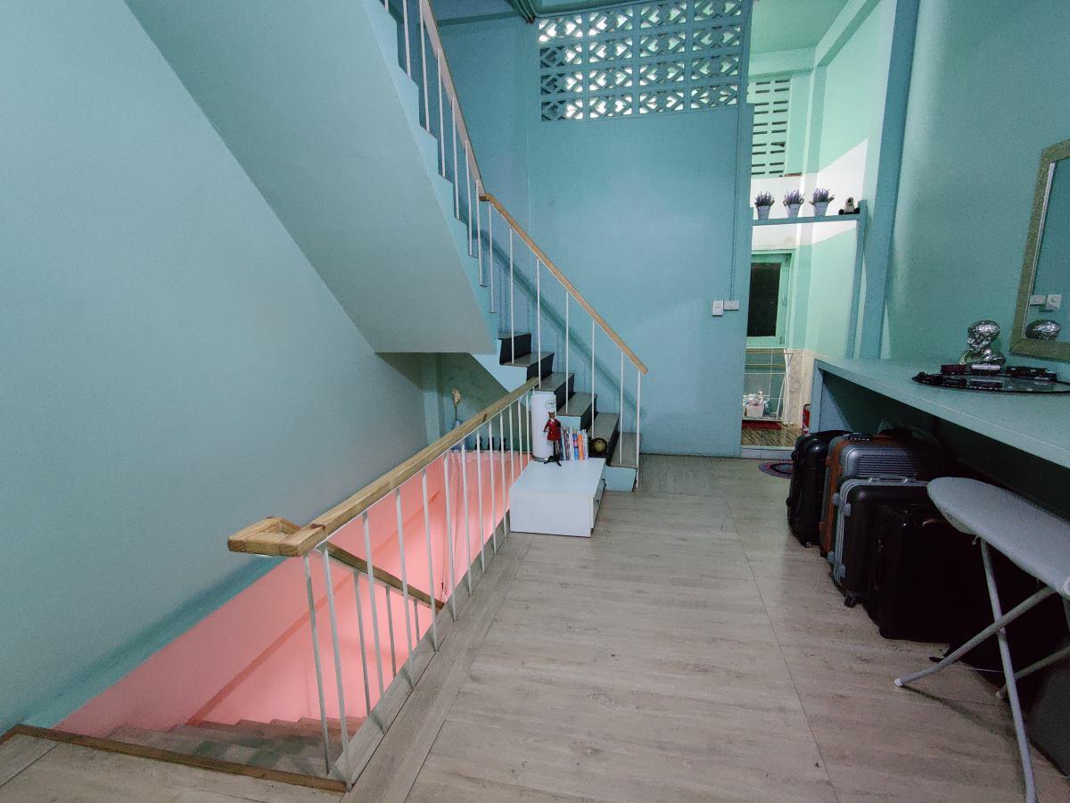 One Bangkok Hostel
